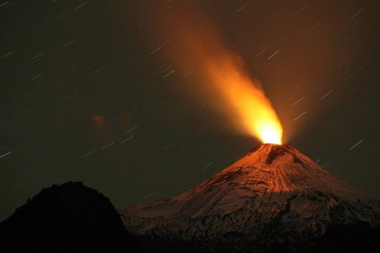 volcan-Calbuco-entra-erupcion-despues_TINIMA20150423_0010_19