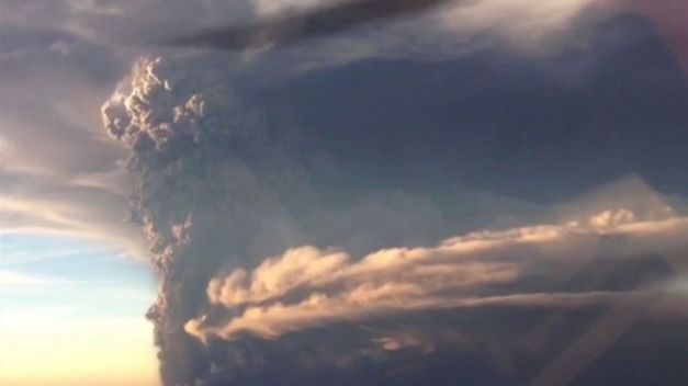 volcan-Calbuco-entra-erupcion-despues_TINIMA20150423_0020_5
