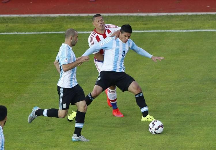 facundo-roncaglia-argentina-vs-paraguay-copa-america_fzwhxxakl0t01tl2r5qnzziw5