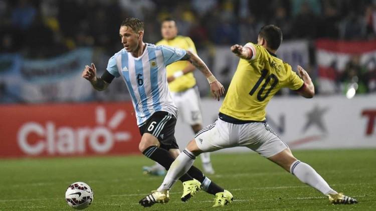 lucas-biglia-argentina-vs-colombia-copa-america_14xuuuuy7f20e1qkjj9gk0piq9