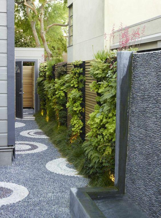 Jardines peque os y verticales imagenes ideas e for Jardines verticales pequenos