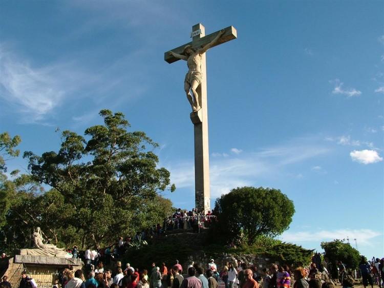 via-crucis-y-monte-calvario-tandil-1