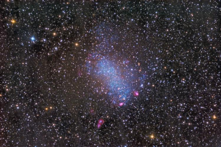 NGC-6822-lupa